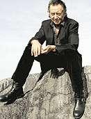 Ulf Lundell på klippa