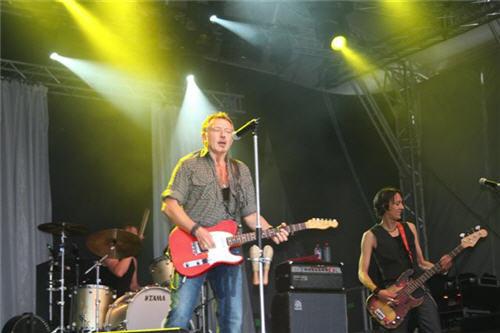 Ulf Lundell under sommarturnén 2006 i Strömstad
