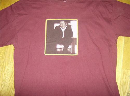 T-tröja från sommaren 2003, vinröd