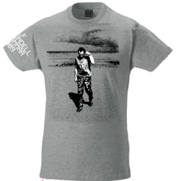 T-tröja från Ulf Lundells sommarturné 2009, grå, herr. Motiv: strand